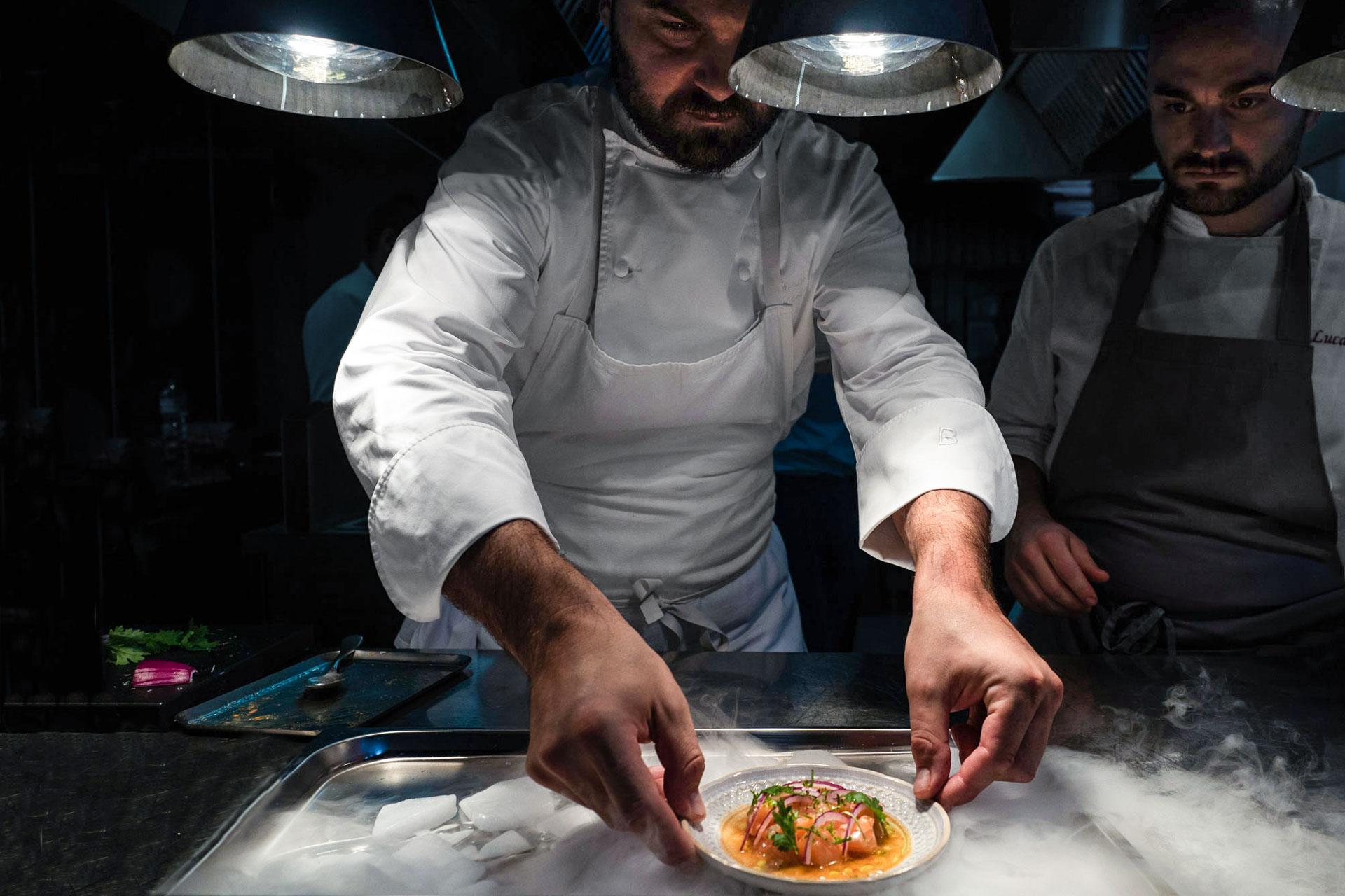 Chef impiatta Tapa a Moebius Milano